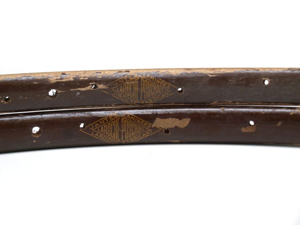 Laroche Pouchois Holz 36 Loch